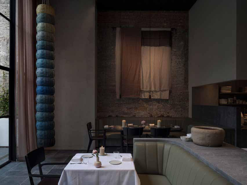 Ресторан Le Pristine по мотивам старых мастеров