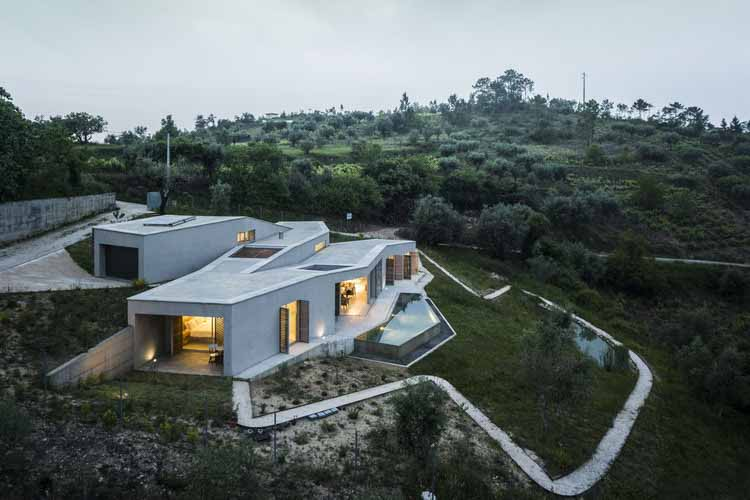 Дом в Гатейре / Camarim Arquitectos, © Nelson Garrido