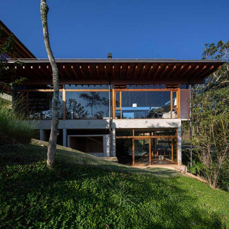 Дом в Санту-Антониу-ду-Пиньял / Gui Paoliello Arquiteto, © Manuel Sá