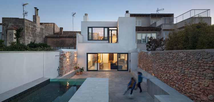 TX House / Salvà Ortín Arquitectes, © Pol Viladoms Claverol