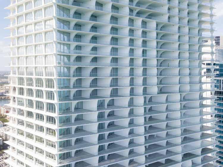 Нефритовая фирменная башня / Herzog & de Meuron. Изображение © Иван Баан