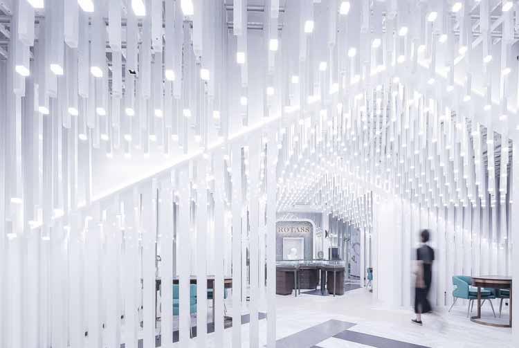 Магазин Rotass Haute Joallerie Chongqing / Xiaobing Yao. Изображение предоставлено A 'Design Awards