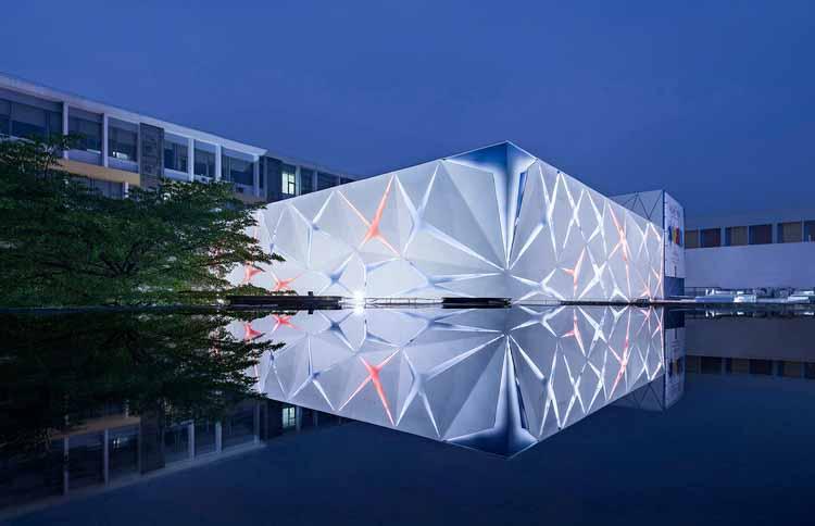 Американская международная школа GZ School / Vantree Design и Pearl River Design. Изображение предоставлено A 'Design Awards