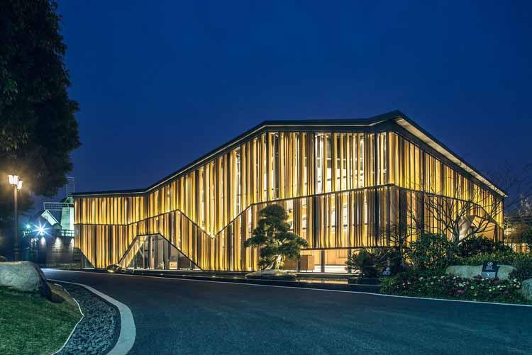 Многофункциональный зал Impression Nanxi River / Ting Wang. Изображение предоставлено A 'Design Awards