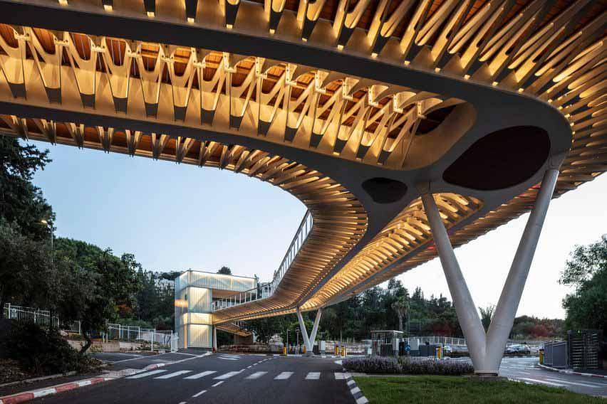 Schwartz Besnosoff Architects спроектировали входные ворота Техниона как мост