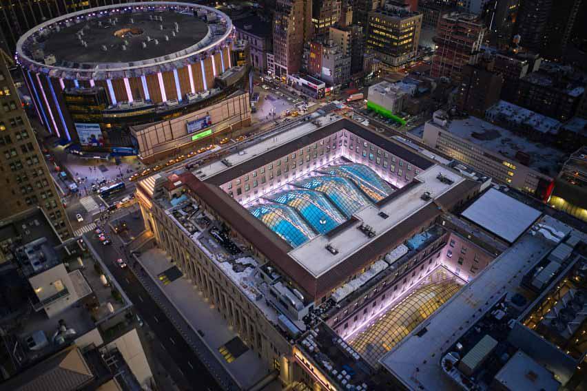 Компания SOM завершила строительство железнодорожного вокзала Дэниела Патрика Мойнихана в Нью-Йорке