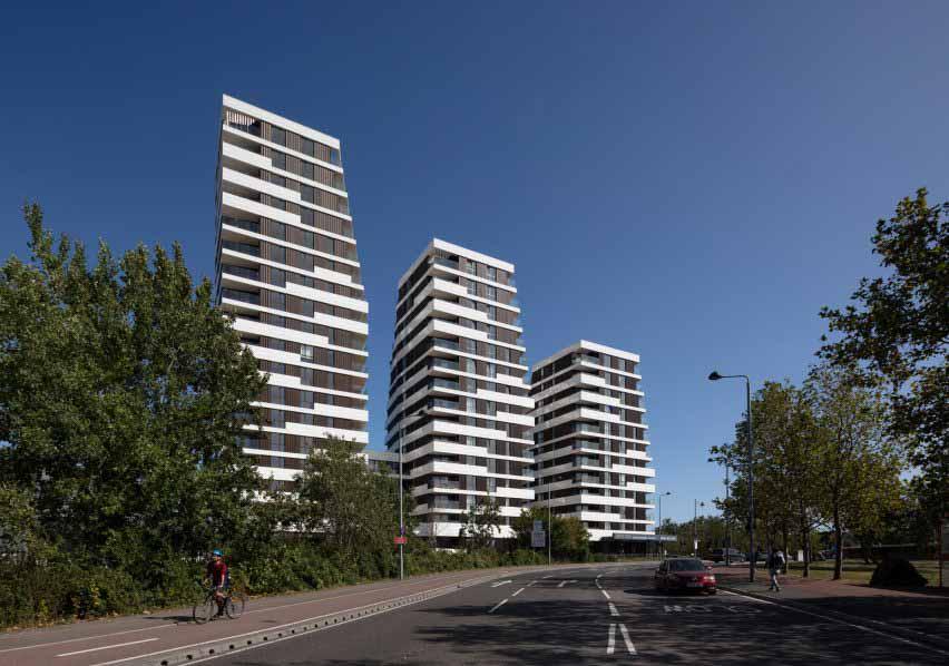 Обтекаемые башни служат центром развития движения в Лондоне