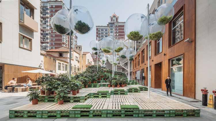 Парковка в Шанхае превращена в городской парк. Изображение © URBAN MATTERS by MINI