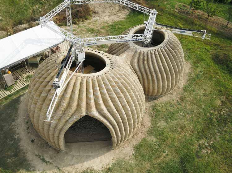 Круглые дома из сырой земли: 3D-печать экологически чистых домов за 200 часов, TECLA, 3D-печать Habitat от WASP и Mario Cucinella Architects. Изображение Cortesía de WASP