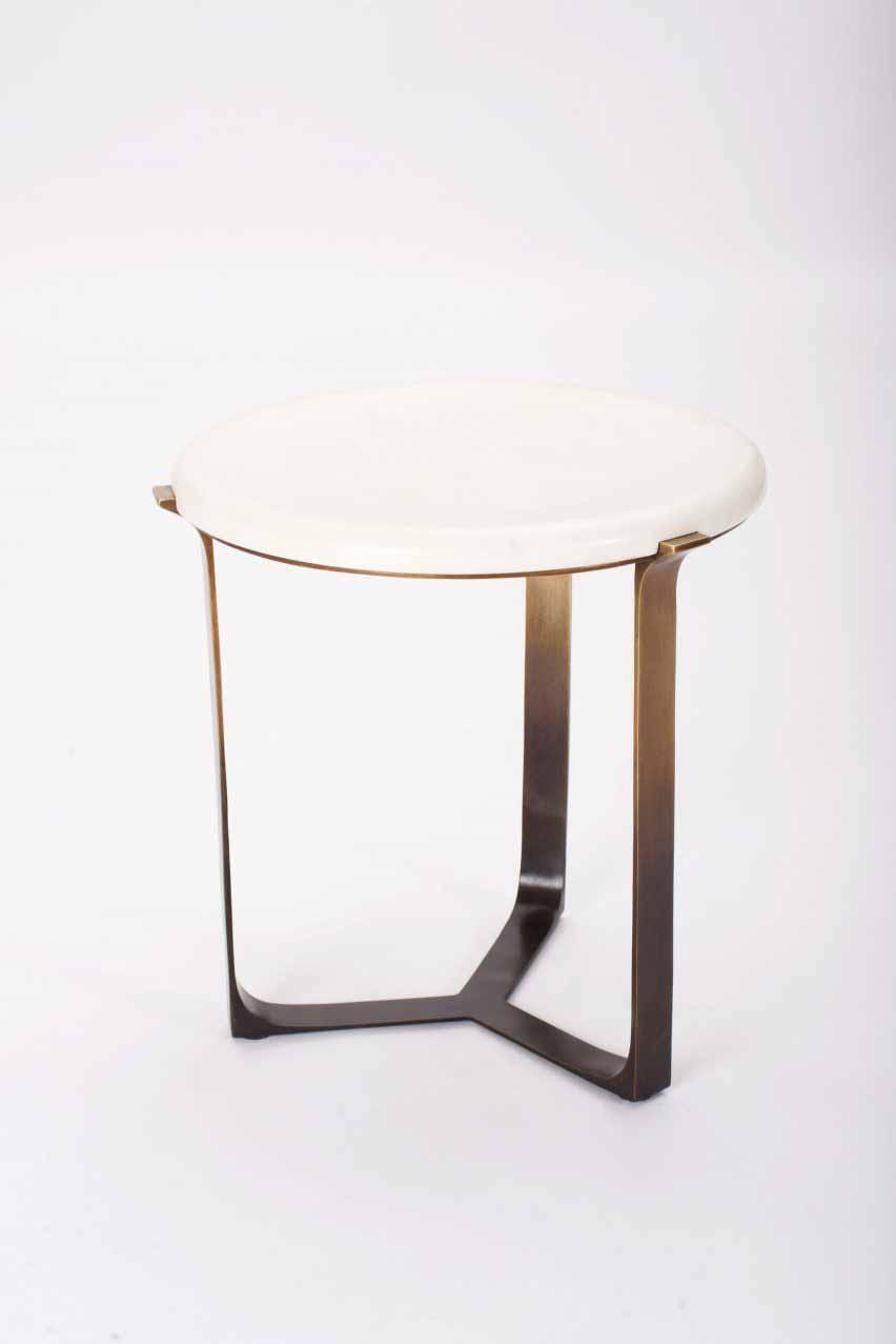 Приставной столик Round Arch от Elan Atelier