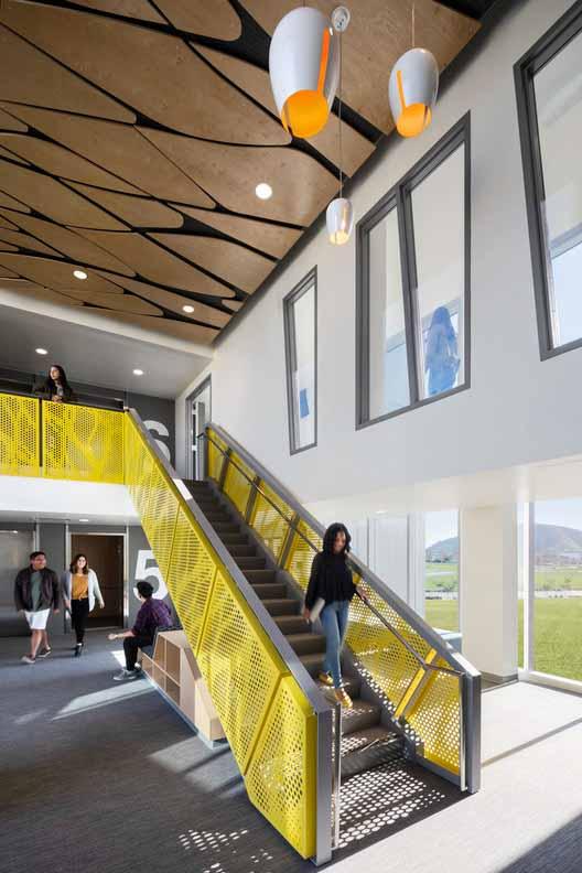 Студенческое общежитие Калифорнийского Поли. Изображение предоставлено HMC Architects