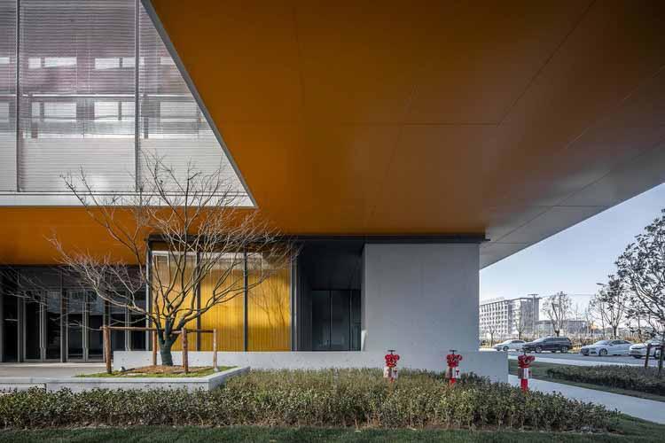 повышенный этаж близкий вид. Изображение © Xunmei Media