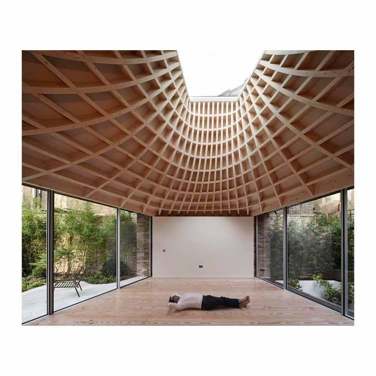 «Без великой архитектуры мы - ничто»: за кадром с Эдмундом Самнером, «Дом в саду». Фото: © Эдмунд Самнер
