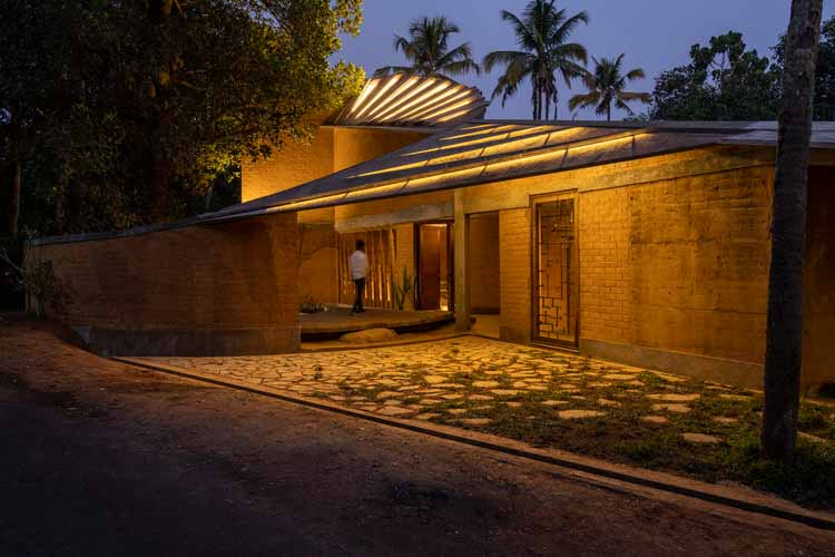 Резиденция Jack Fruit Garden / Создатели стен, © Ананд Джаджу, Шьям Сресилам