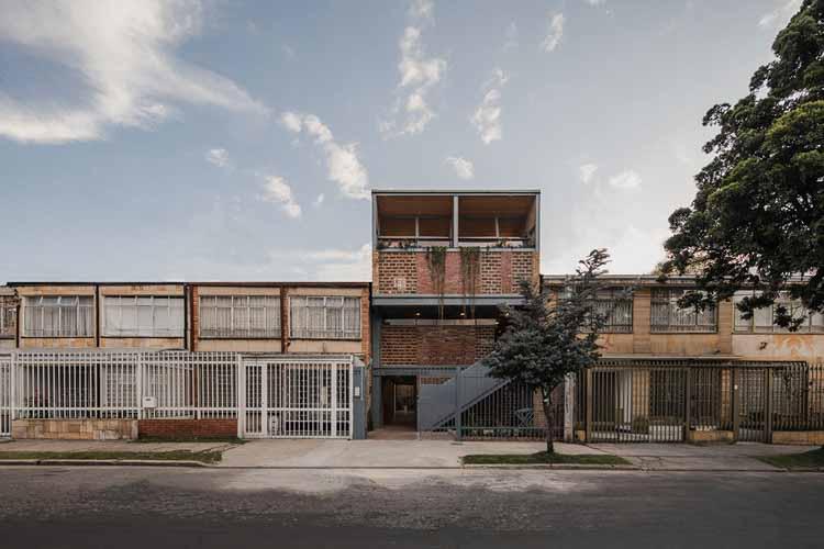 Галерея и студия Binario / Yemail Arquitectura, © Алехандро Аранго