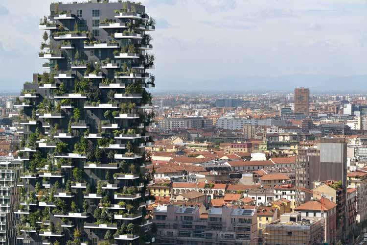 Вертикальная зелень: влияние на городской пейзаж, Bosco Verticale / Boeri Studio. Изображение: © Паоло Росселли