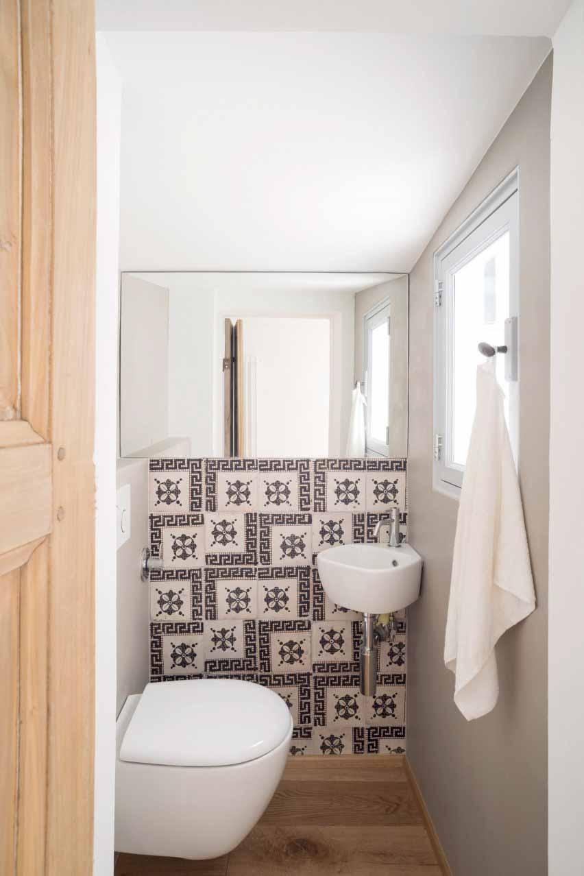 Ванная комната в доме для морского волка в Генуе от Доди Мосс