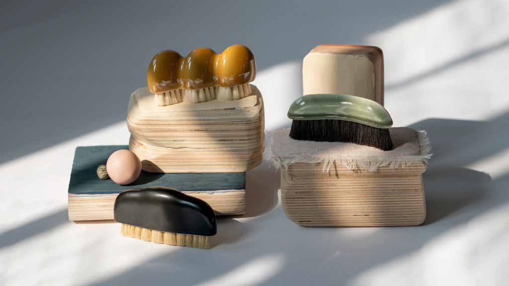 Студия Oornament создает фарфоровые кисти в виде скульптур