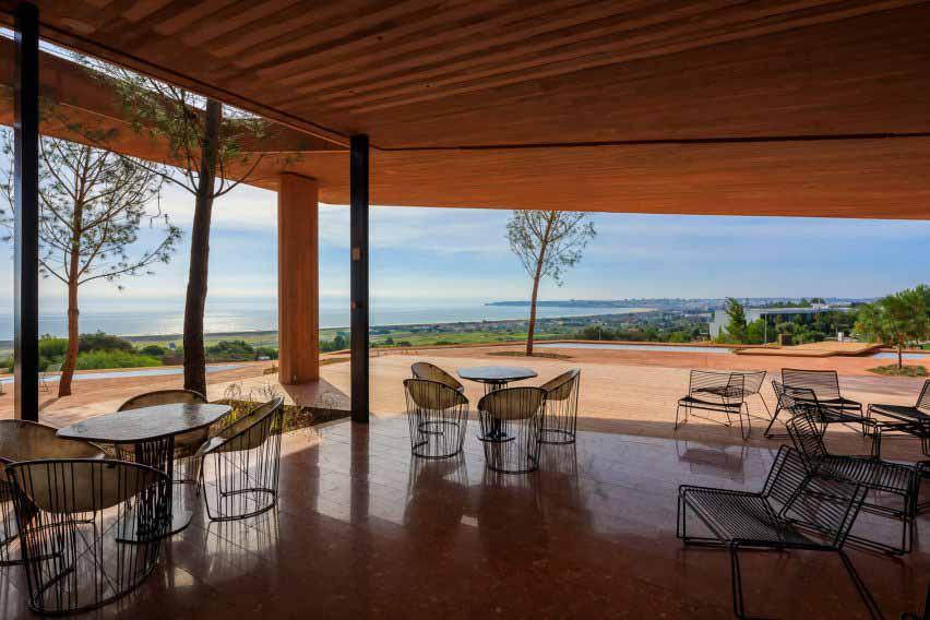 Мебель в клубном доме Palmares от RCR Arquitectes