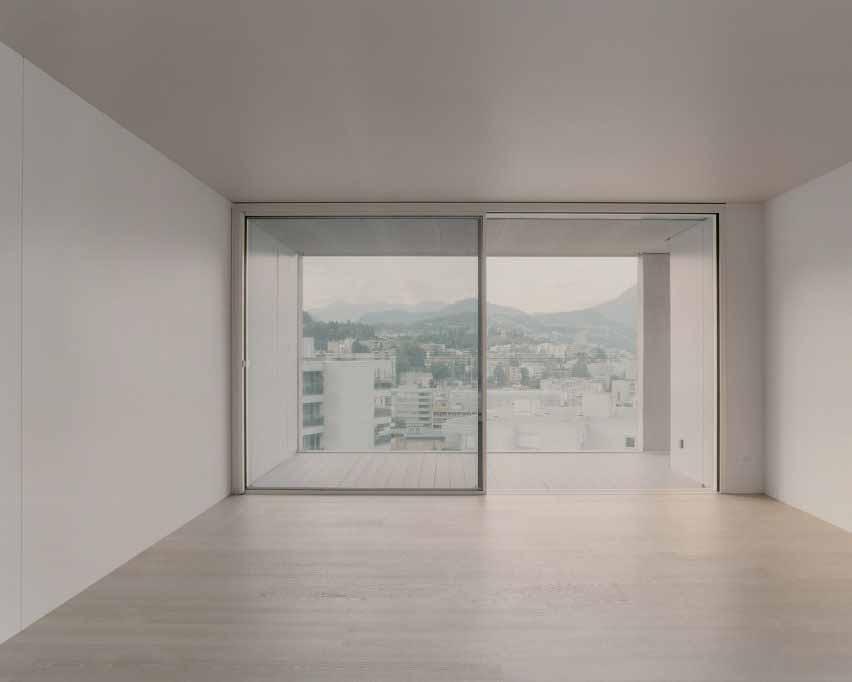 Квартира с видом на горный хребет.