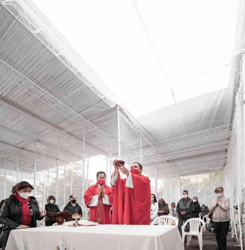 Всплывающая церковь в Боготе, предназначенная для борьбы с пандемией