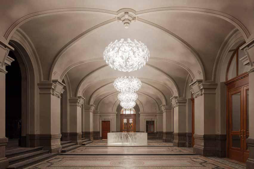 Неоклассический вестибюль Королевского музея изящных искусств Антверпена