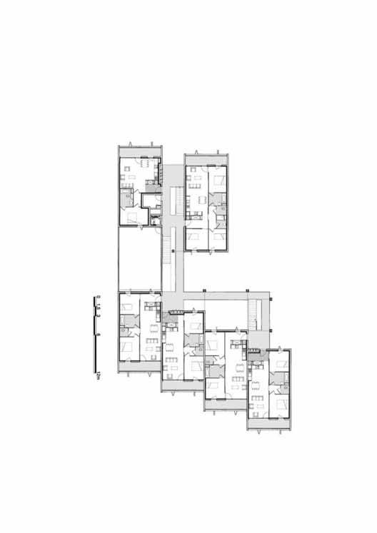 Planta - Habitação Social + Lojas em Mouans Sartoux / Comte & Vollenweider