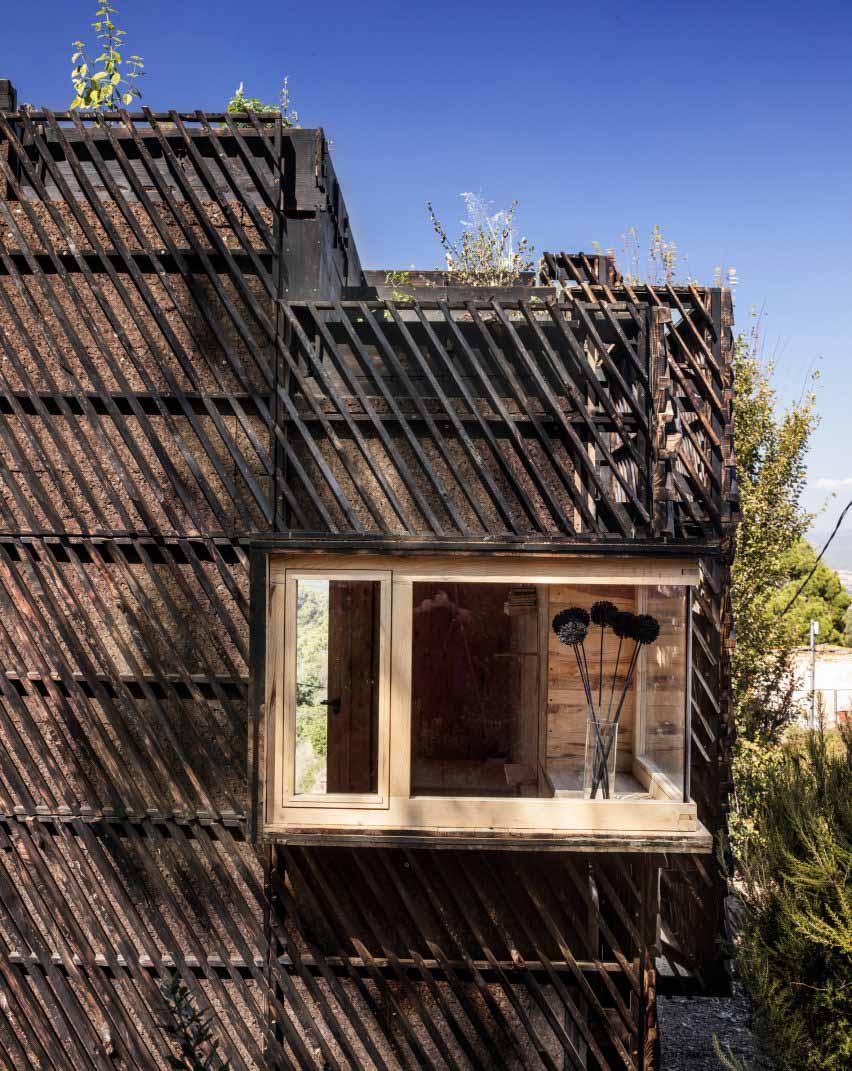 Решетчатый деревянный фасад The Voxel