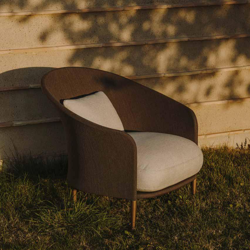 Кресло Liz от Людовики Серафини и Роберто Паломбы для Expormim