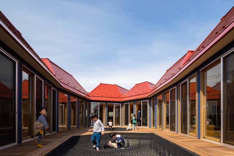 Детский сад KidsLabo Minami-Nagareyama / teamLab Architects, © Винсент Хехт