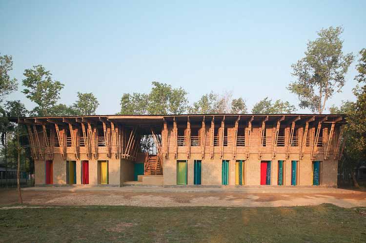 Школа METI - Анна Херингер + Эйке Росваг. Изображение © Курт Хербст