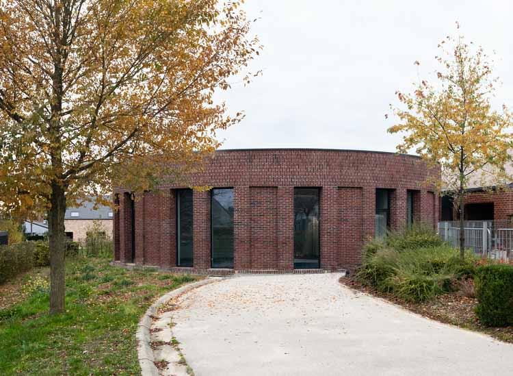 Расширение начальной школы Босьера / Goffart-Polomé Architectes, © Antoine Richez