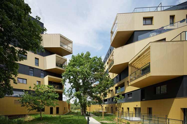 Социальное жилье: 60 примеров в плане и в разрезе, © Takuji Shimmura