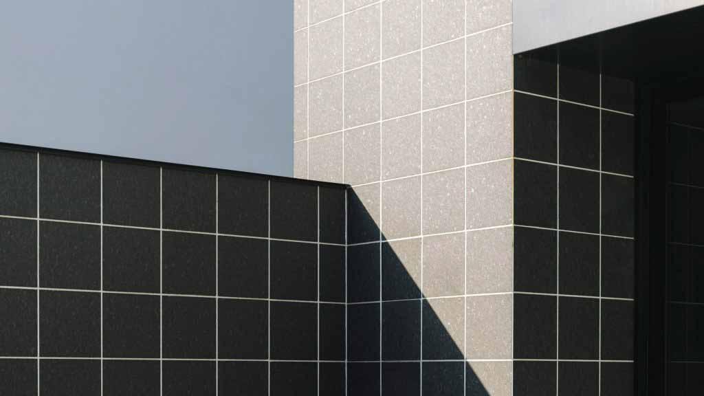 Студия монохромной звукозаписи Soulwax отсылает к итальянской архитектуре 1960-х годов