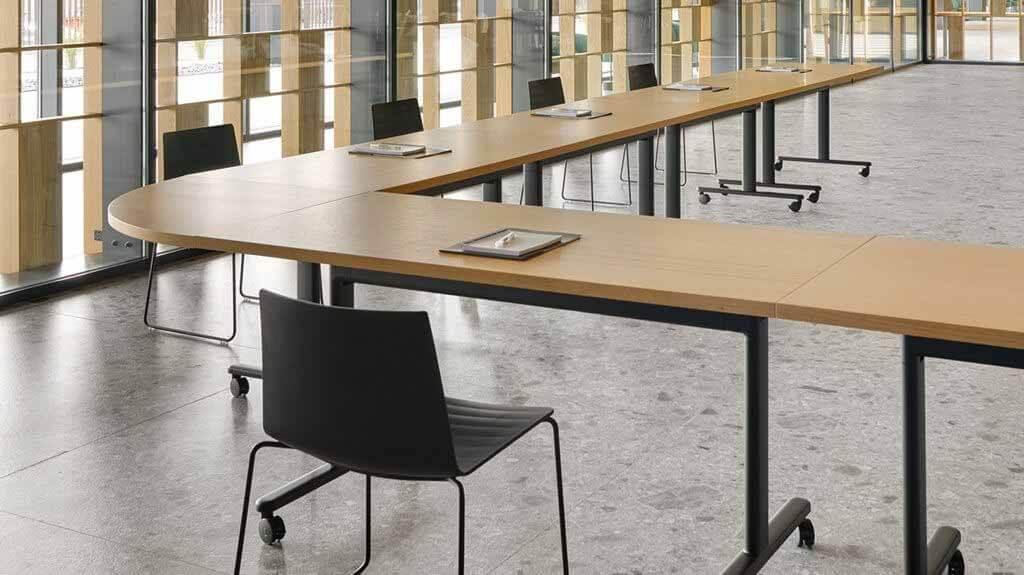 Система Connect Table от Gensler для Andreu World