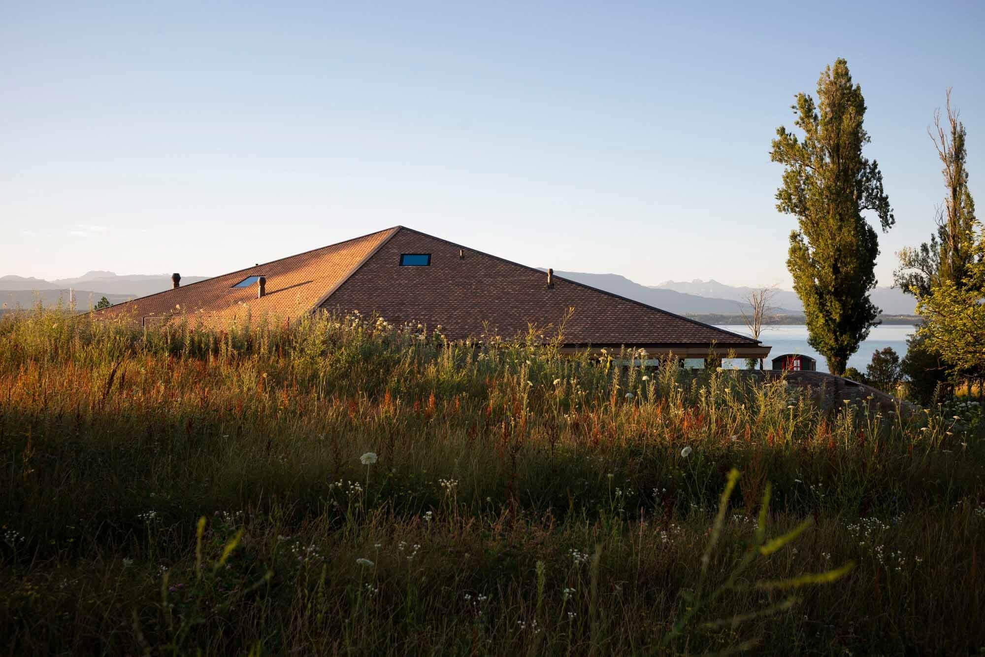 Дом у озера / FdMP Architectes