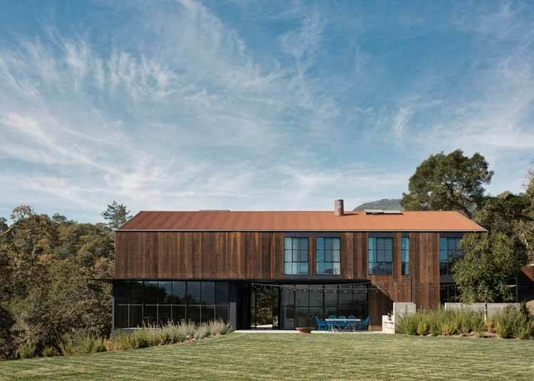 Big Barn / Faulkner Architects, © Джо Флетчер