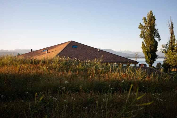 Дом у озера / FdMP Architectes, © Жюльен Лану
