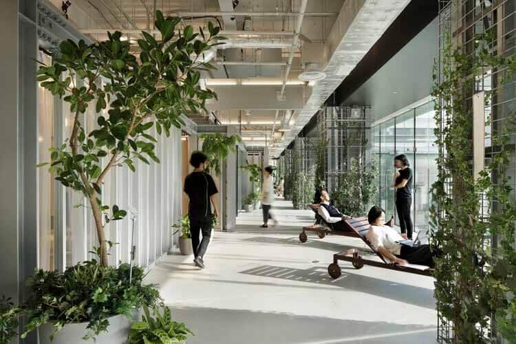 Инновационный центр IHI [i-Base] / Никкен Секкей, © Nacasa & Partners