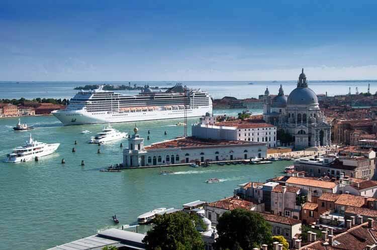 Правительство Италии официально запрещает круизные суда в Венеции, © Shutterstock