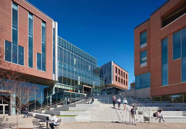 Университет Клемсона, Колледж бизнеса Уилбура О. и Энн Пауэрс / L3SP + LMN Architects, © Mark Herboth Photography
