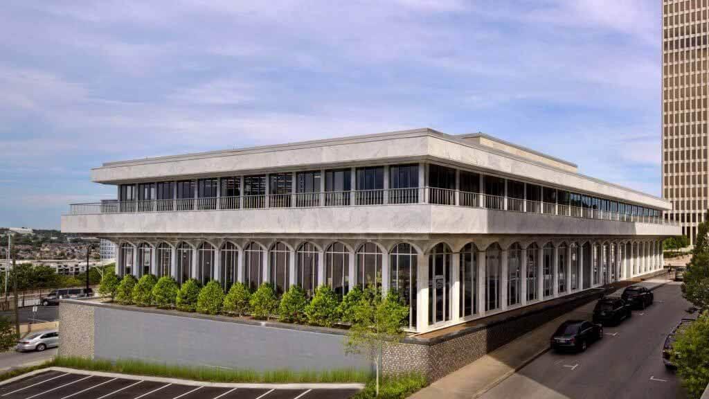 Hastings Architecture превращает библиотеку в Нэшвилле в собственную штаб-квартиру