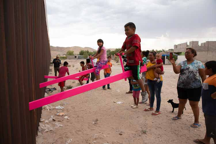 История, общественное пространство и городские интервенции вдоль американо-мексиканской границы, © Раэль Сан Фрателло