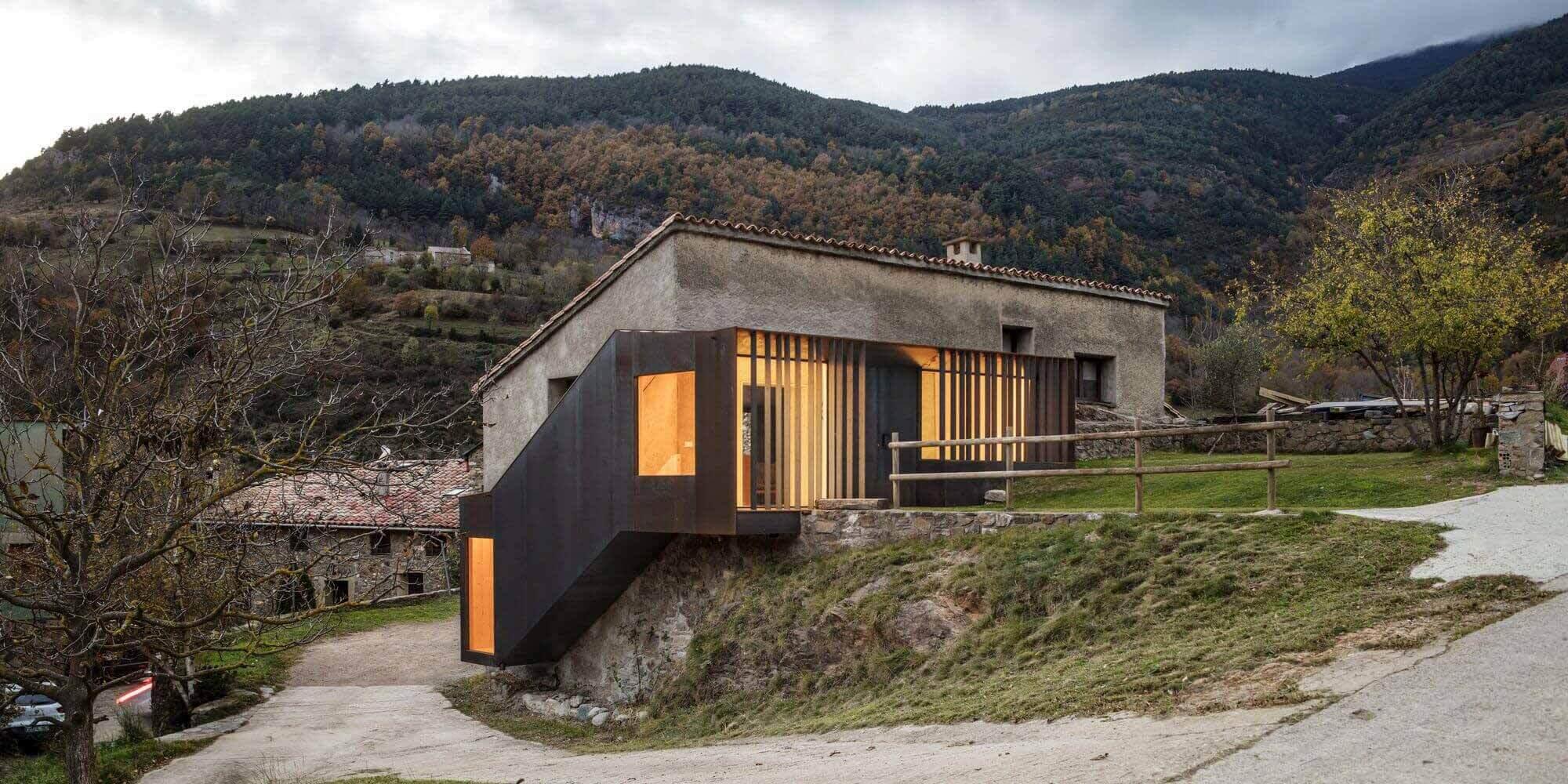 Порог Лестницы Дом / Comas-Pont arquitectes