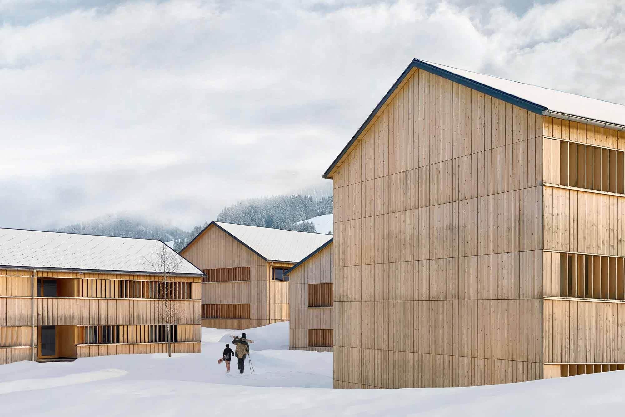 Fuchsegg Lodge Hotel / Ludescher + Lutz Architekten