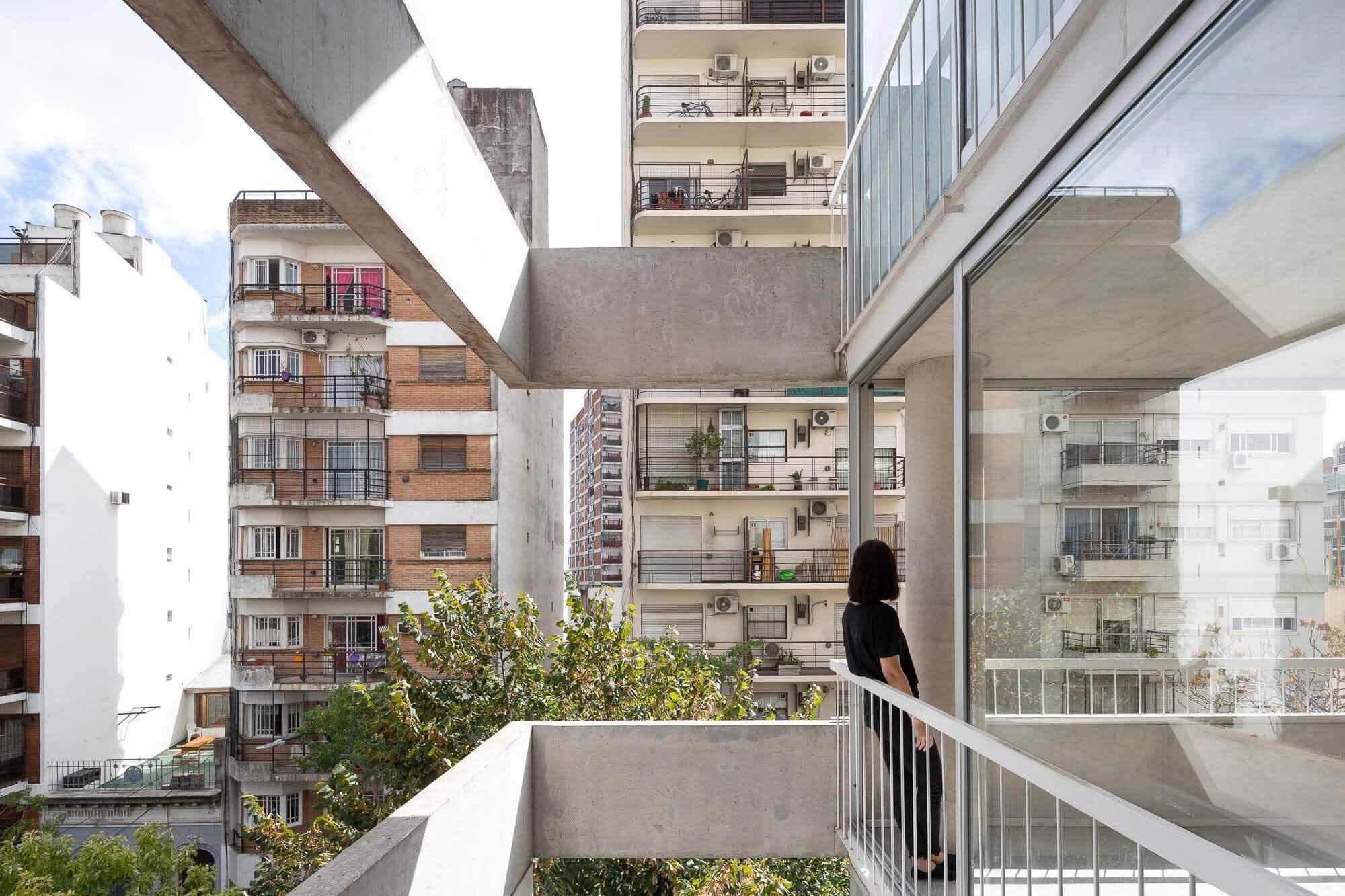 Франклин 684 Жилой Дом / Tovo Sarmiento arquitectos