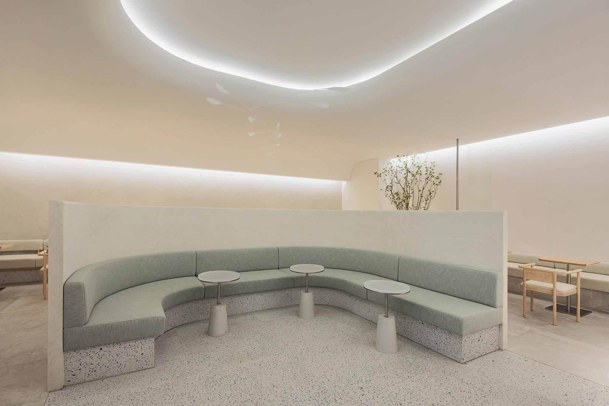 Mok-dong Hyundai SAGE Lounge / ЛАБОРАТОРИЯ