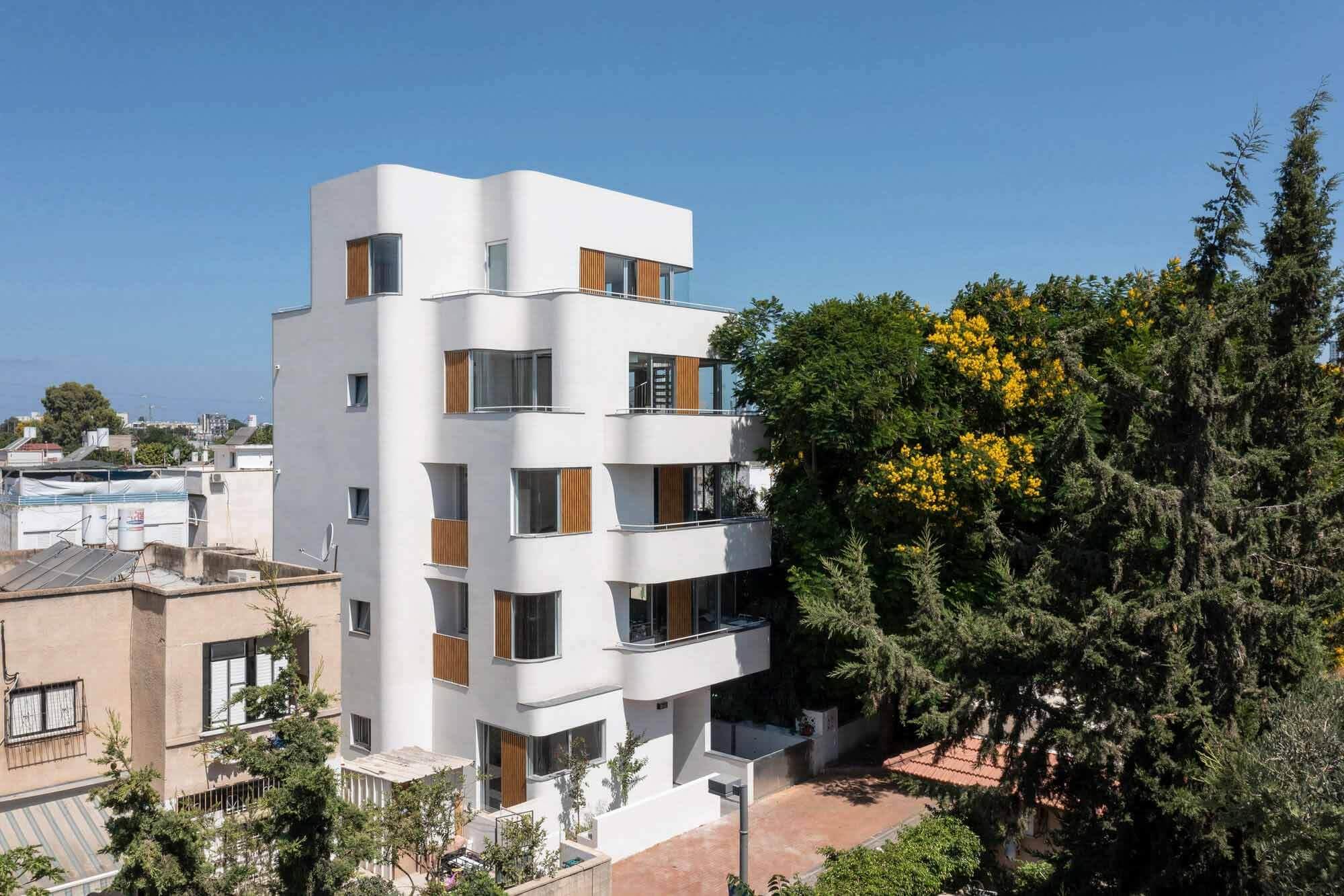 42 Shvat Street Apartments / Yaniv Pardo Architects