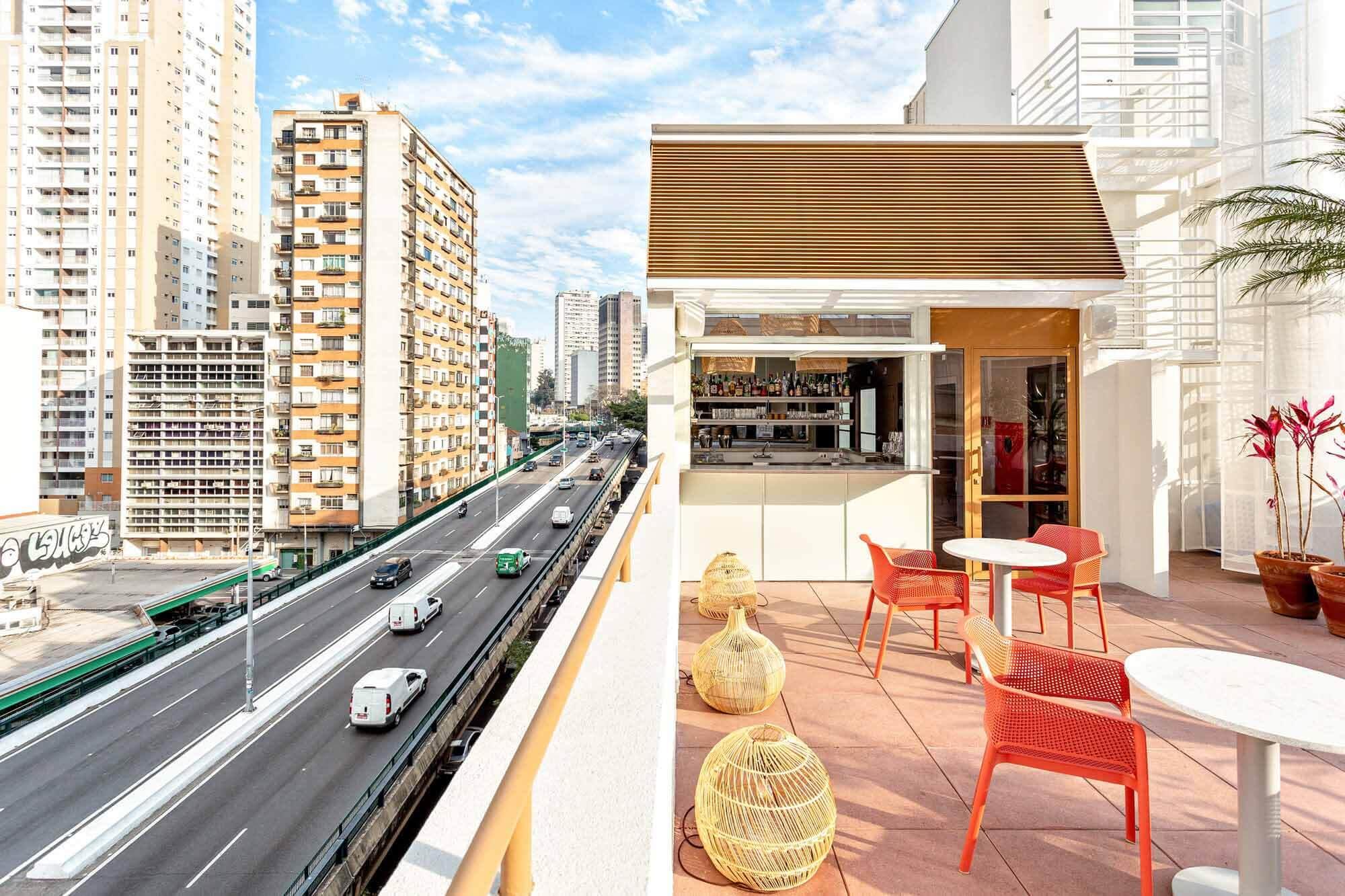 Ресторан Кора / Vapor arquitetura
