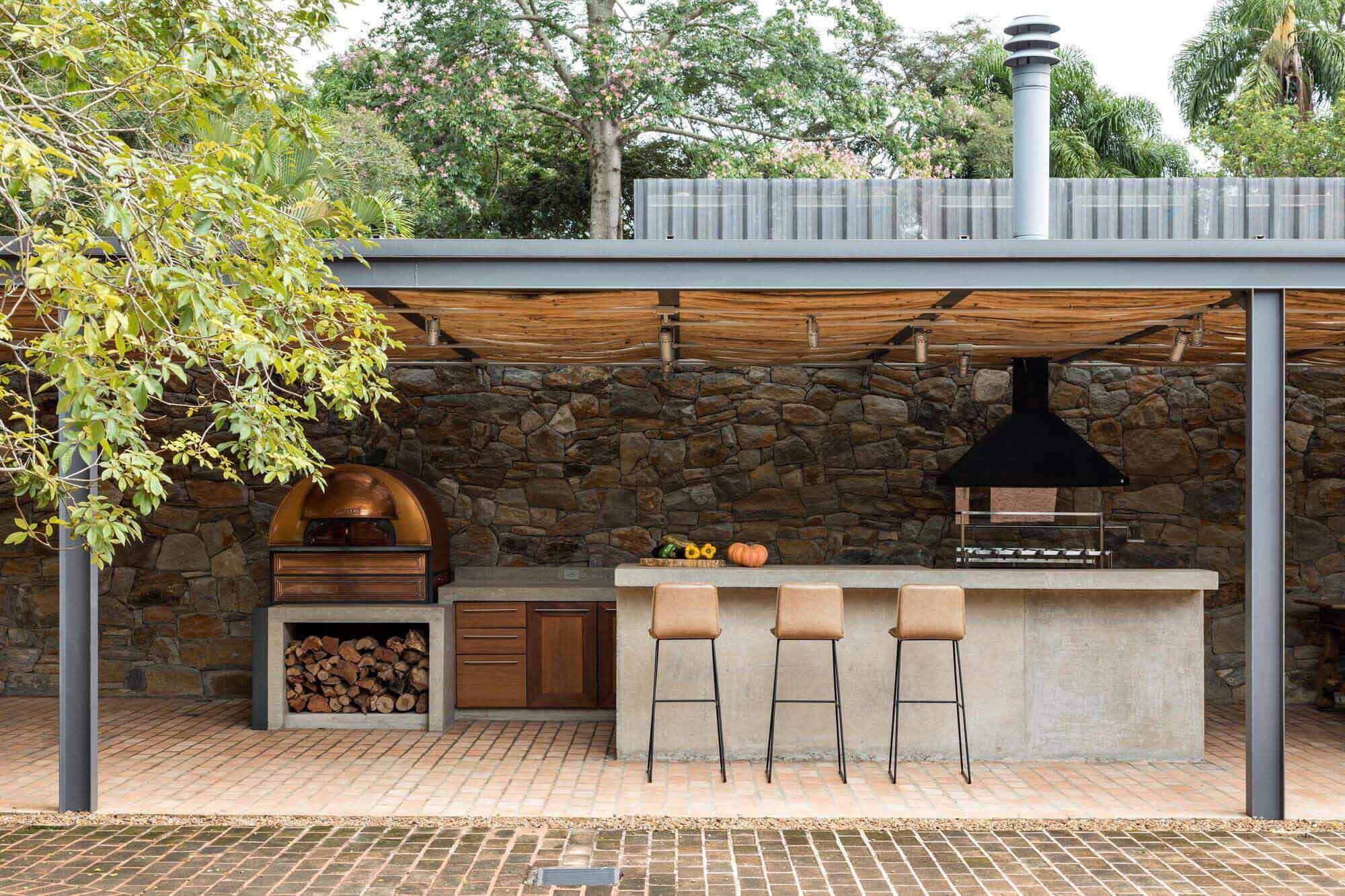 15 домов с собственными дровяными печами для пиццы
